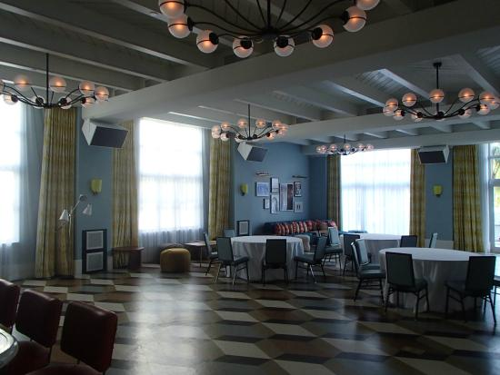 The Confidante Miami Beach Crown Room