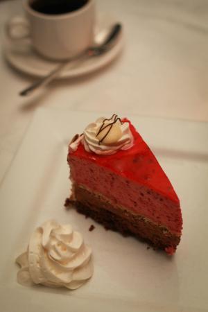 Mandalay Restaurant: Chocolate Raspberry Mousse Cake