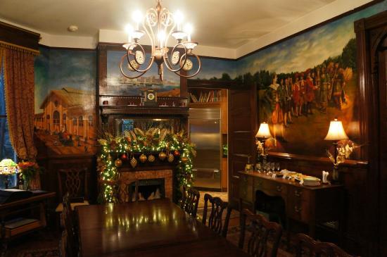 Azalea Inn & Villas: Breakfast / Dining room