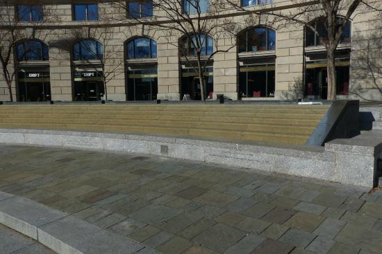 United States Navy Memorial and Naval Heritage Center: US Navy Memorial in DC