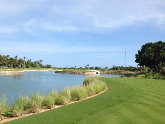 Bali National Golf Club: 17th - Island Green