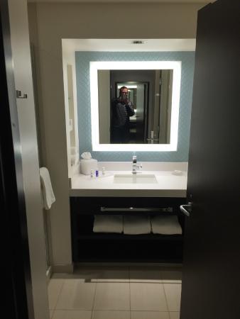 Potawatomi Hotel U0026 Casino: Nice Modern Bathroom Setup.