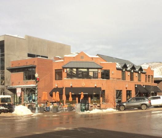 Peach's Corner Cafe: Фасад