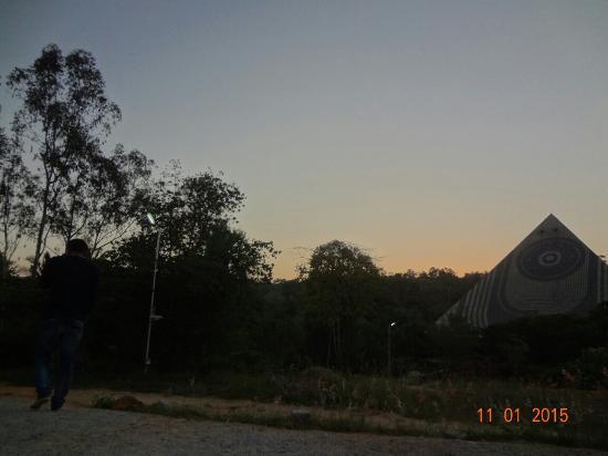 Pyramid Valley International: Sunset at pyramid valley