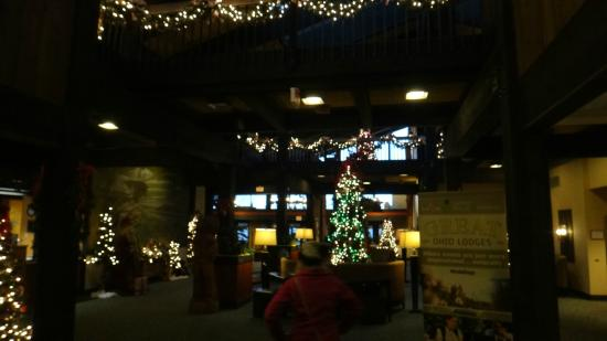 Shawnee Lodge and Conference Center: Lodge Christmas Decorations