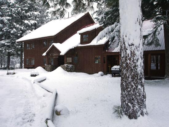 Mazama Country Inn: Winter Wonderland