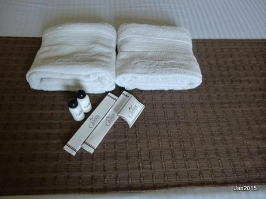 The Grande Suites: Nicely presented towels