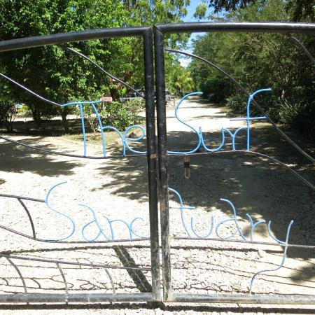 The Surf Sanctuary: Gate