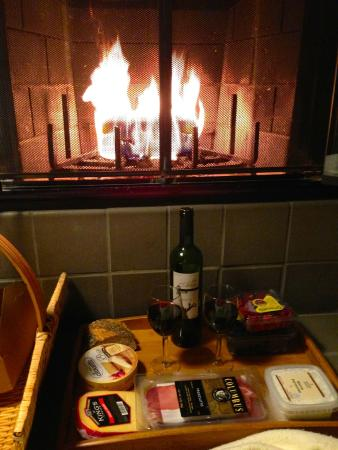 Inn at Langley: In-room fireplace and picnic dinner