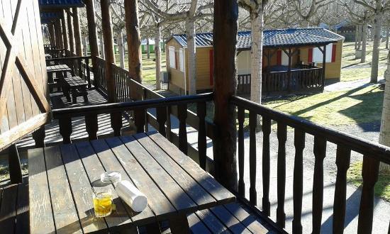 Camping La Borda del Publill: Porche