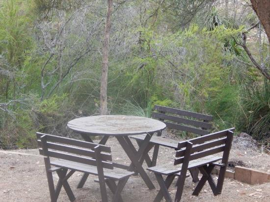 Yelverton Brook Eco Spa Retreat & Conservation Sanctuary: Along the walking track there are a few spots to sit and relax, nestled amongst the bushland.