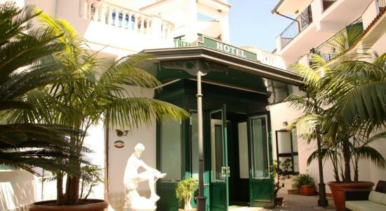 Hotel Santa Lucia: Ingresso