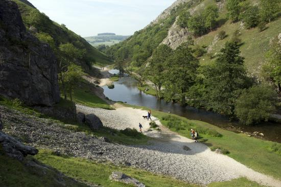 Ashbourne, UK: Dovedale valley