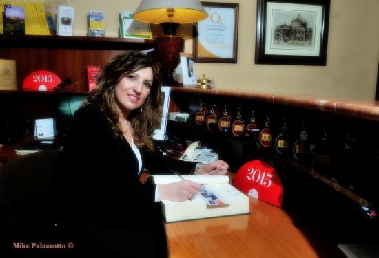 Massimo Plaza Hotel: Jenny receptionist foto per repubblica #massimoplazahotel