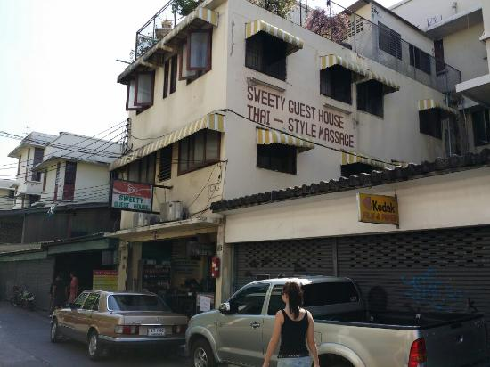 The Best Cheapest Hotel Near Khao San Review Of Sweety