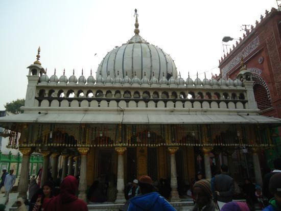 The beautiful Dargah. - ニュー...