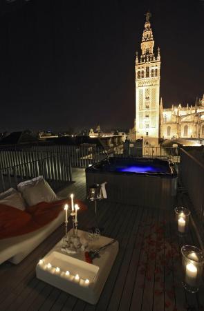 Junior suite con vistas y terraza eme catedral hotel fotograf a de eme catedral hotel - Terraza hotel eme ...