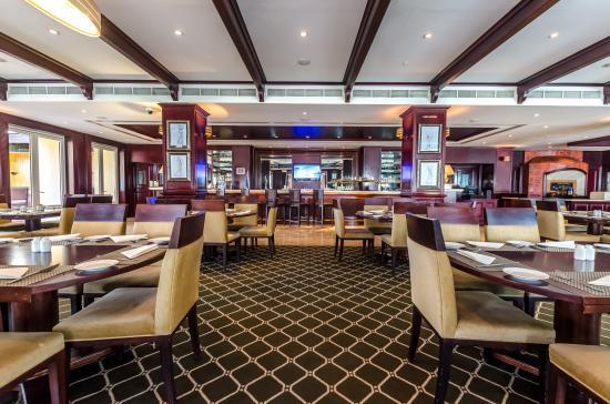 Ranches Restaurant & Bar