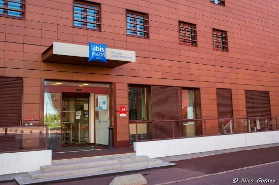 fa ade h tel picture of ibis budget perpignan centre mediterranee perpignan tripadvisor. Black Bedroom Furniture Sets. Home Design Ideas