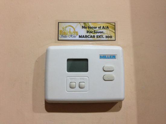 Bakhos Suites Hotel : panel del AA sin corriente