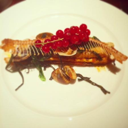 aqua shard subdued lighting aqua shard dove sole main dish with currants fried clams aqua shard subdued lighting