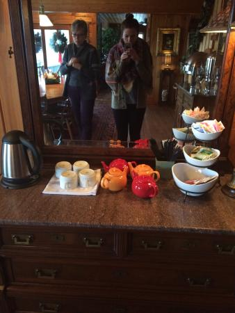 Starlight, PA: Tea time