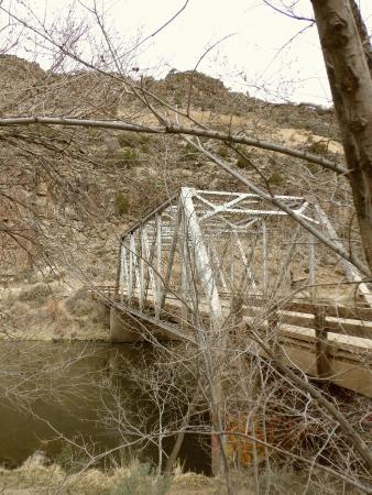 Arroyo Hondo, New Mexiko: Early April at the John Dunn Bridge