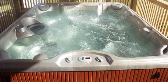 The Vermont Inn: Hot Tub