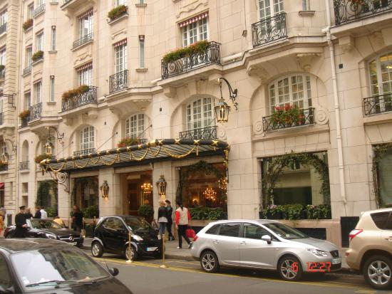 hotel sofitel picture of rue du faubourg saint honore paris tripadvisor. Black Bedroom Furniture Sets. Home Design Ideas
