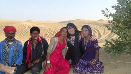 Hotel City Heart : Gypsies in desert