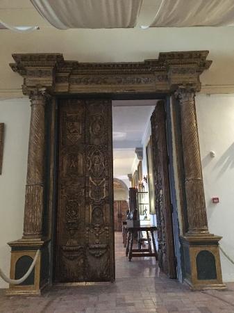 Chateau de la Napoule / Musee Henry-Clews: INTERIEUR CHATEAU