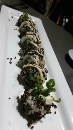 Hilo Bay Cafe : Warabi Sushi Roll