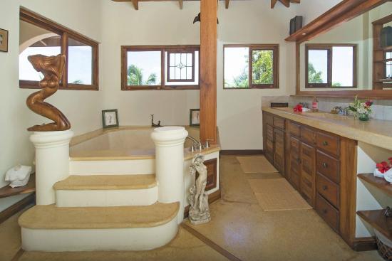 Los Altos de Eros: Eros Suite Roman Bath