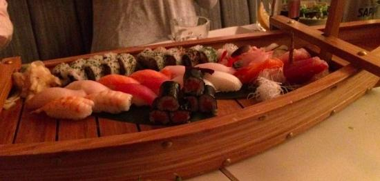 Nomad Sushi Bar : The Omakase