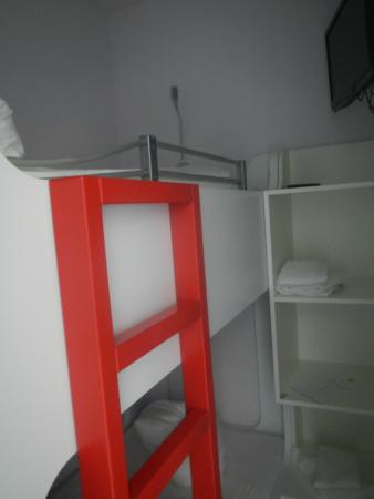 Children S Bunk Beds With Own Tv Storage Picture Of Ibis Styles