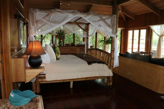 Namale Resort & Spa: Interior of our Bure