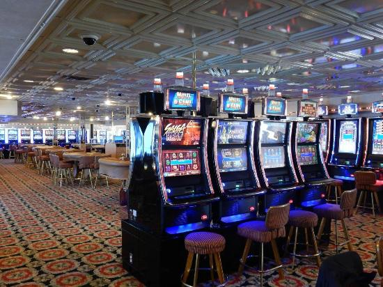The Big M Casino : Bally Slots Machines