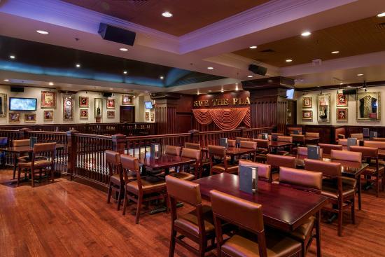 Hard Rock Cafe: Mezzanine