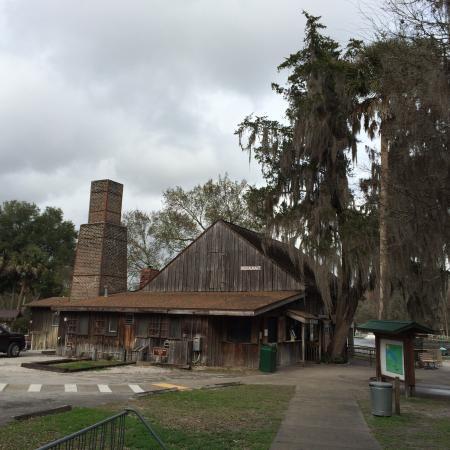 The Old Spanish Sugar Mill Restaurant Deleon Springs Fl