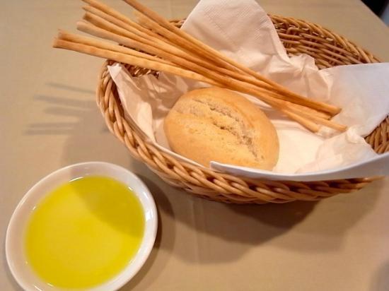 コストコのオリーブオイルおすすめ10選|高コスパの人気商品