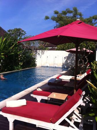 Ivory Resort Seminyak: Pool & Pool-Side was Top Class