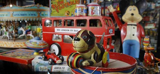 Oakham Treasures: Toy Display