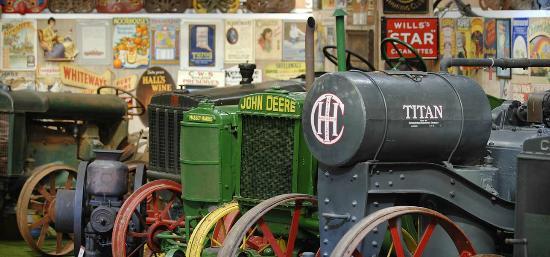 Oakham Treasures: Tractors
