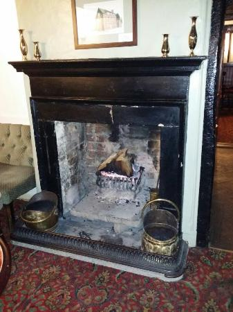 The White Horse: Love a real fire