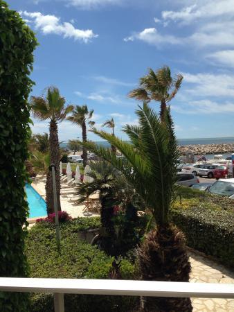 Hotel Azur: Vue balcon
