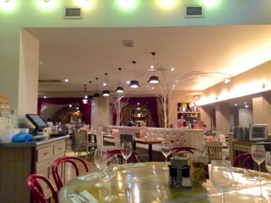 Zizzi - The Strand: Restaurant