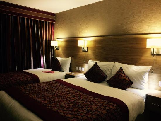 Ramada Park Hall Hotel Wolverhampton