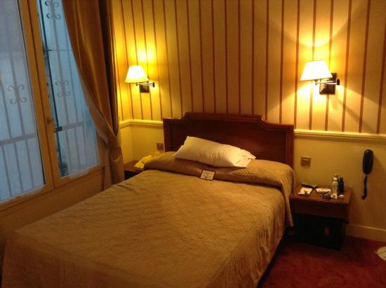 Hotel du Theatre: Quarto