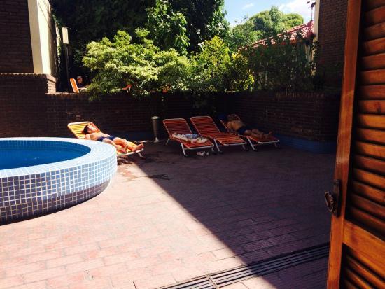 Grand Hotel Balbi: disfrutando la piscina