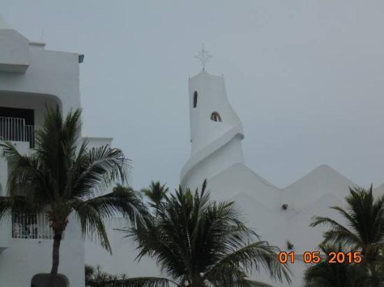 Las Hadas By Brisas: The swirl on top of the resort
